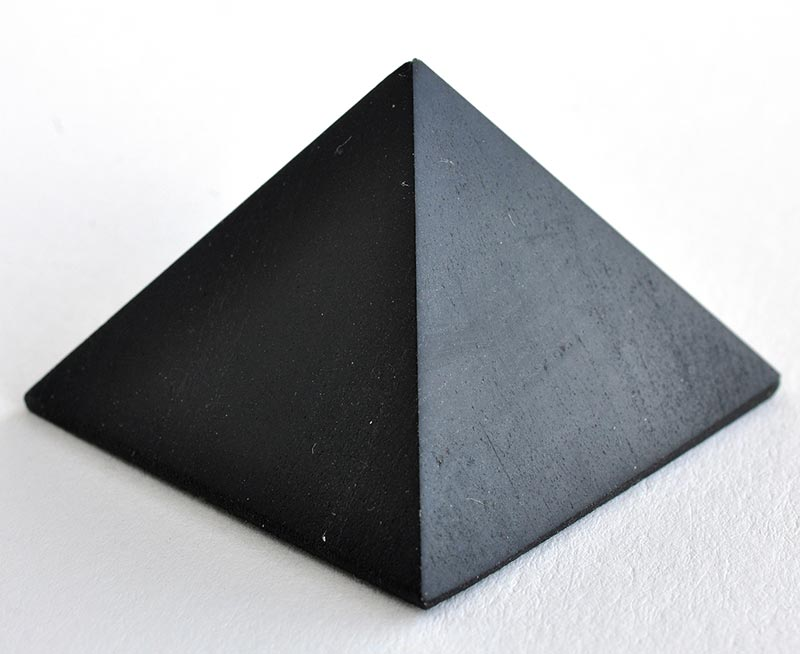 Pyramide Shungite